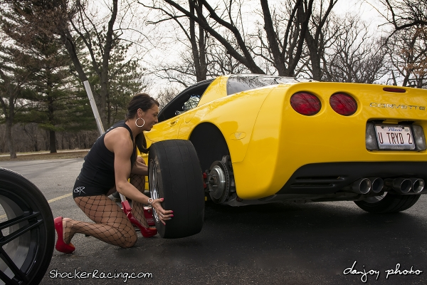 Jamie Barwick Quick Tire Change on Toms Z06