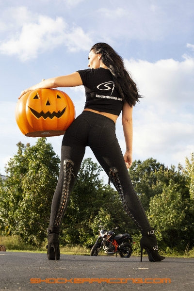 Bex Russ for ShockerRacing Halloween 2018 - Headless Horseman